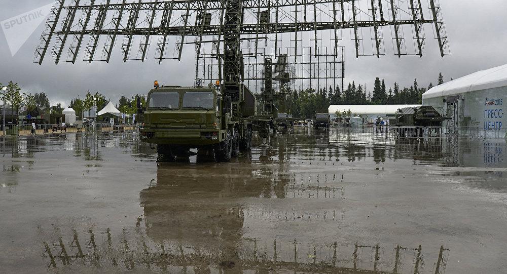 Radar multibande mobile Nebo-M