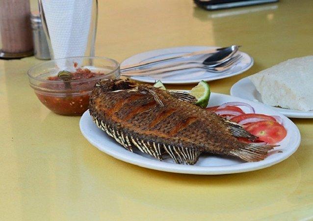 Un poisson frit