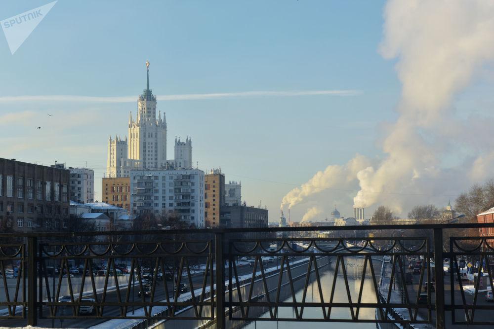Moscou il y a un siècle et aujourd'hui