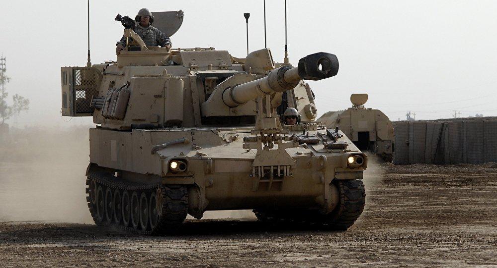 A M109 A6 Paladin obusier automoteur