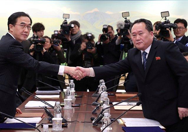 Pourquoi Pyongyang a soudainement décidé d'entamer les négociations avec Séoul
