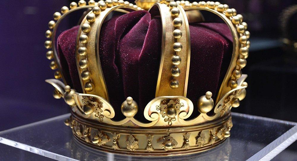 Devinez où la reine a planqué ses bijoux pendant la guerre ?