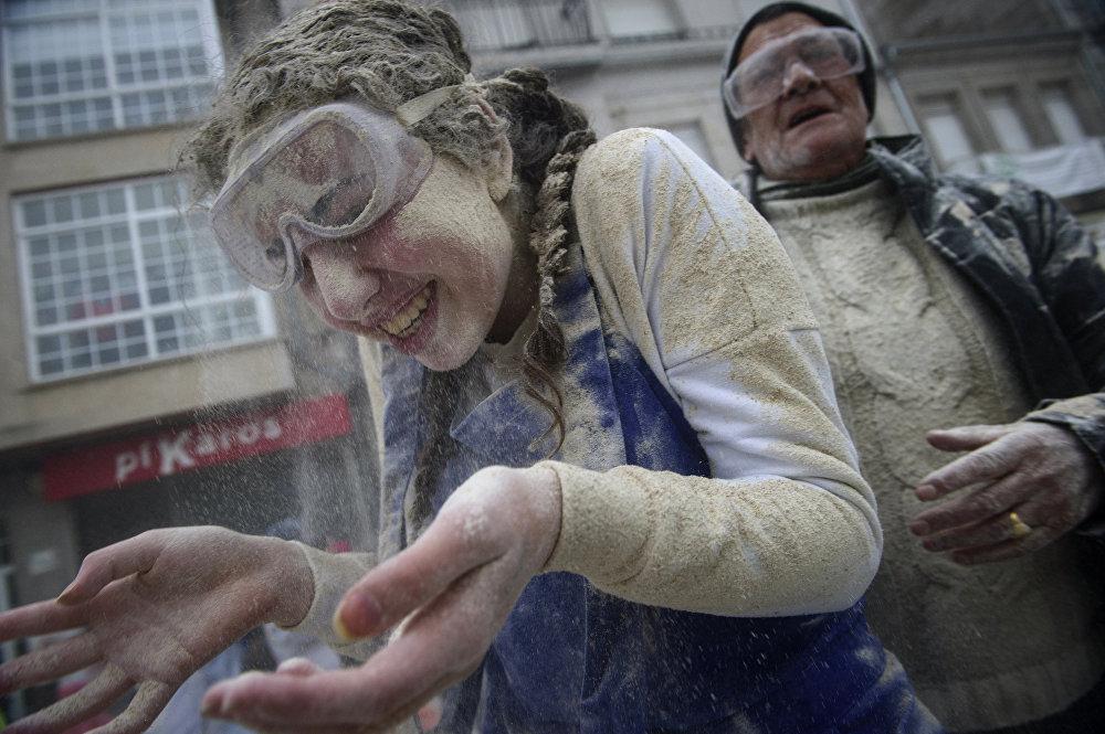 Le «festival de la farine» en Espagne