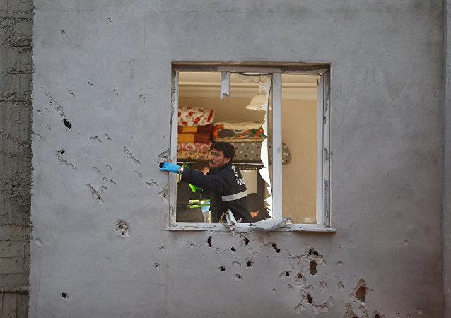 Au moins 15 personnes ont été blessées par l'explosion d'une roquette tombée sur la ville turque de Kilis