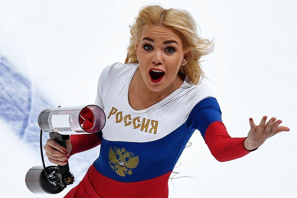 Les plus belles pom-pom girls russes
