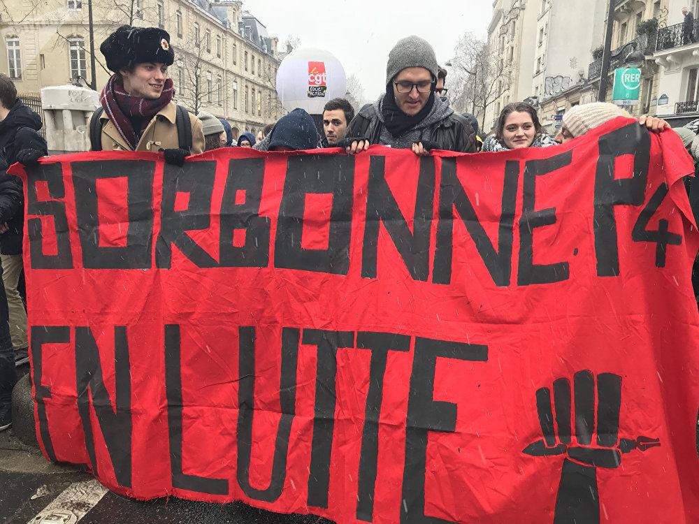 Deuxième manifestation des étudiants contre la réforme universitaire à Paris, 6 février 2018