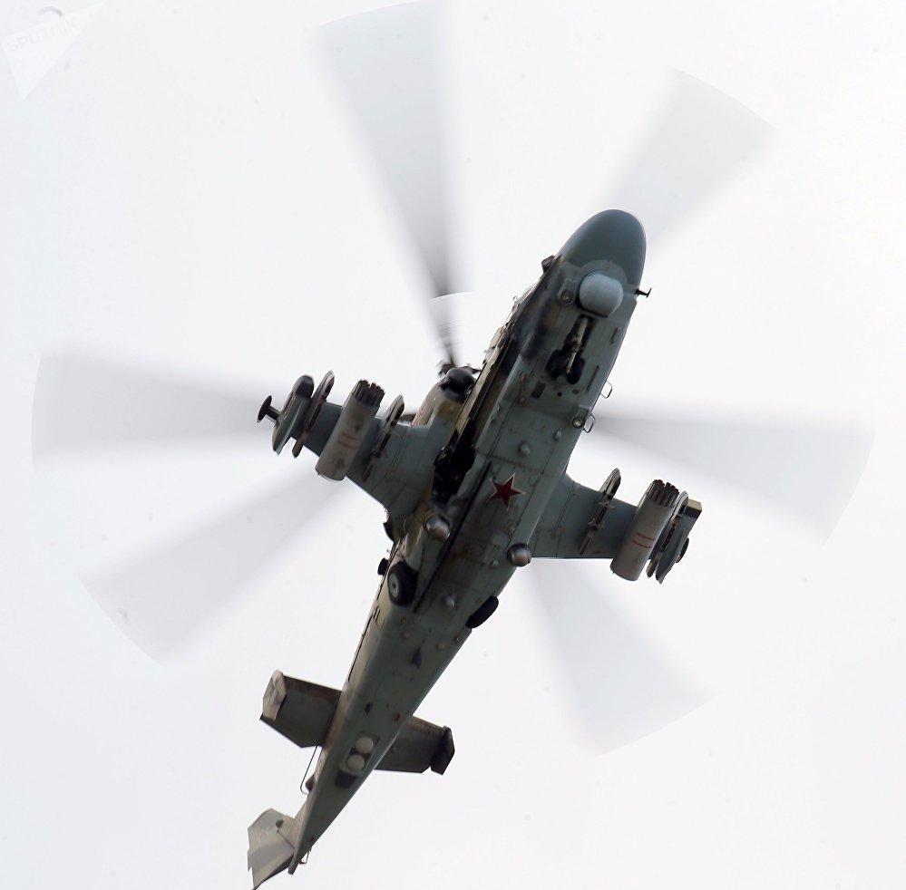 Un hélicoptère Kamov Ka-52 Alligator