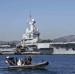 Le porte-avions Charles de Gaulle