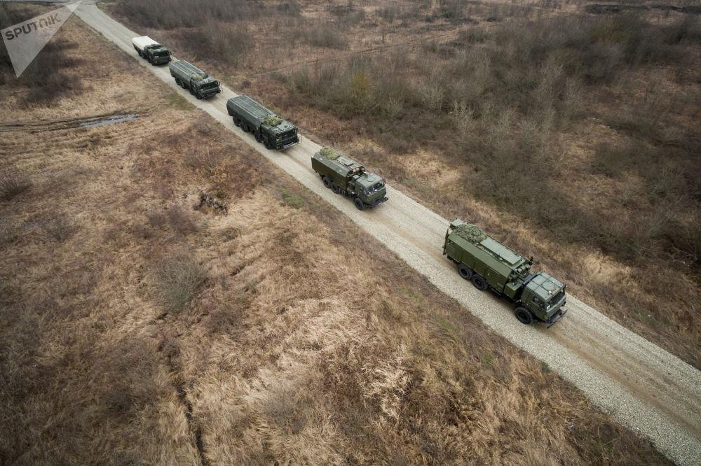 Missiles contre un ennemi conventionnel: les exercices du complexe Iskander-M