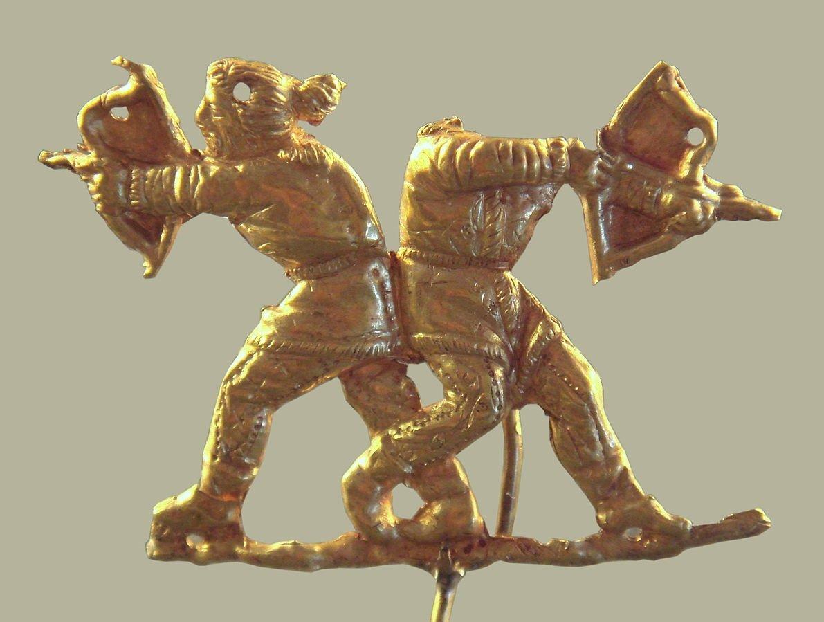 Des Scythes tenant des arcs (Crimée, IVe siècle av.J.-C.)