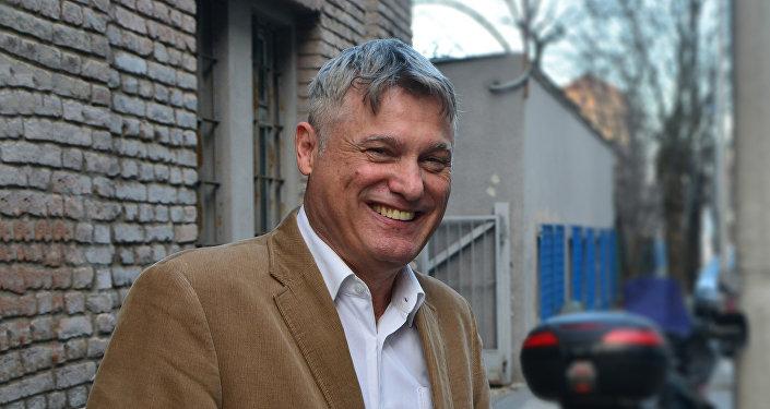 L'analyste militaire serbe Miroslav Lazanski