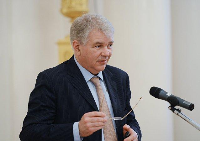 L'ambassadeur de Russie en France Alexeï Mechkov
