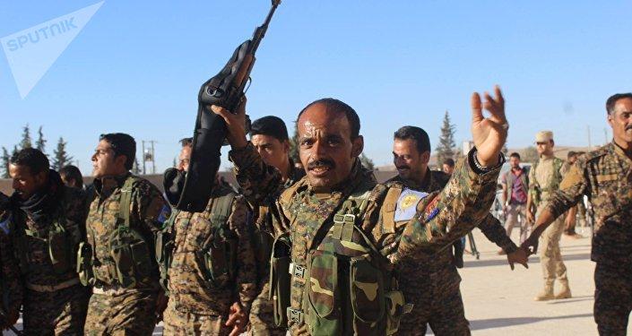 Membres des Forces démocratiques syriennes (FDS)