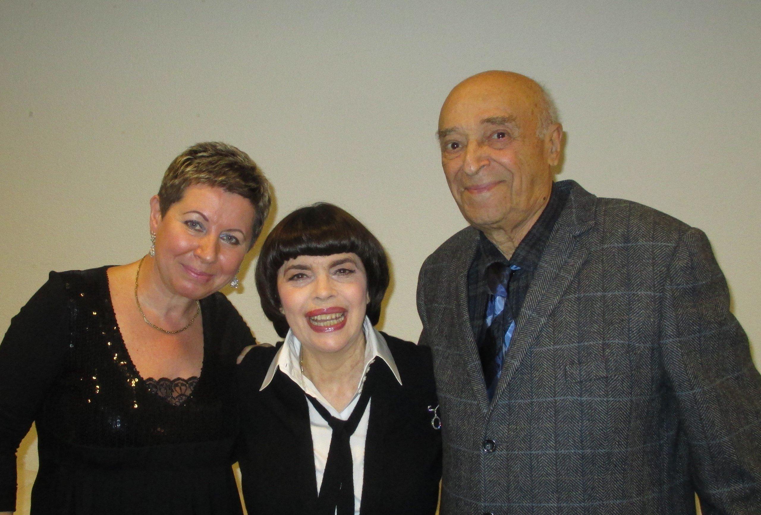 Mireille Mathieu en compagnie de Vladimir et Elena Etush