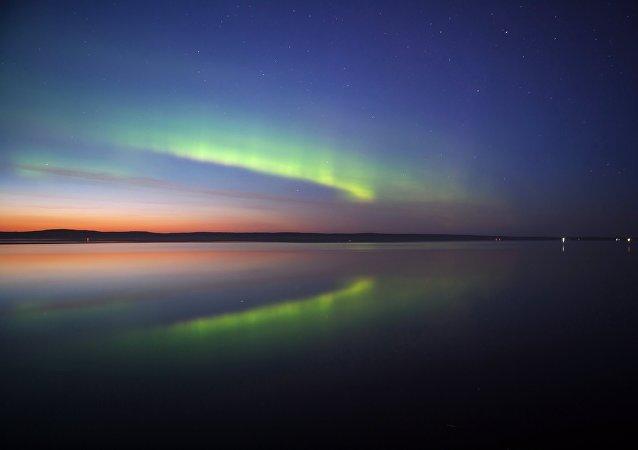 Des aurores bor/ales \ Petrozavodsk, en Russie