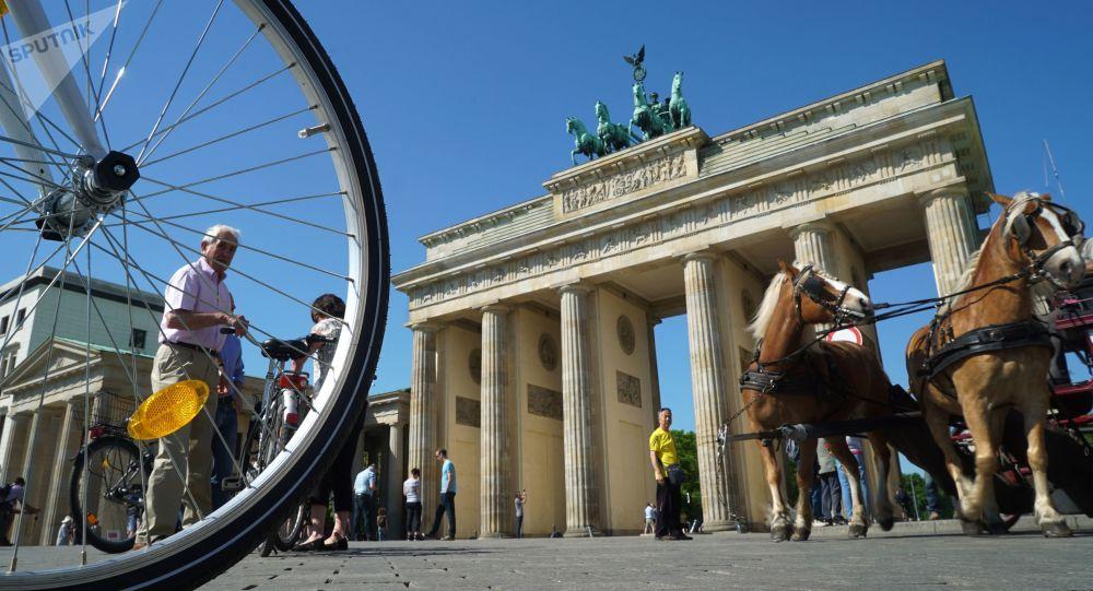 L'Allemagne perdrait des milliards d'euros à cause des sanctions antirusses des USA                Sputnik. Igor Zarembo
