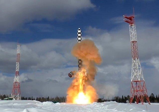 missile intercontinental russe Sarmat