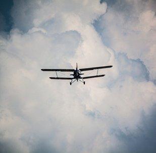 Un petit avion. Image d'illustration