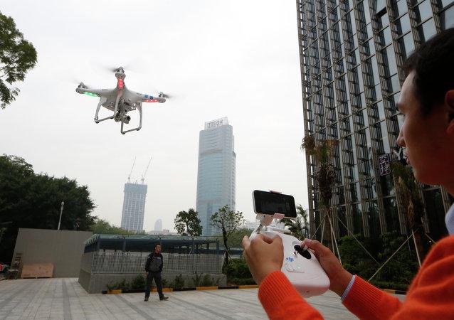 Un drone volant à Shenzhen (image d'illustration)