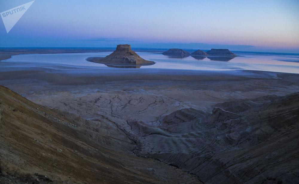 Les paysages fantastiques du plateau d'Oust-Ourt