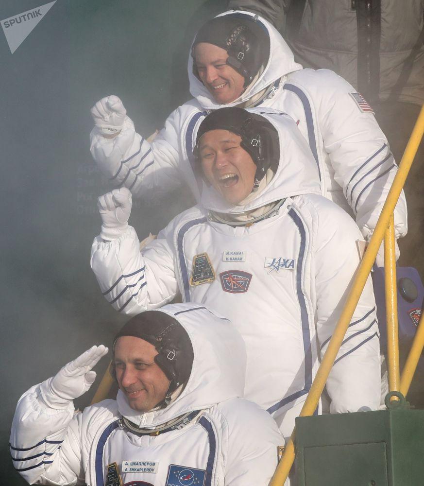 L'espace hier et aujourd'hui:  57e anniversaire du vol de Gagarine