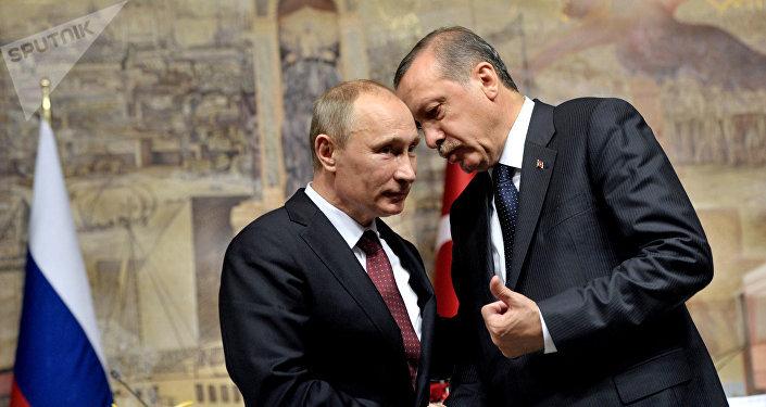 Russlands Präsident Wladimir Putin und der türkische Präsident Tayyip Erdogan (Archivbild)