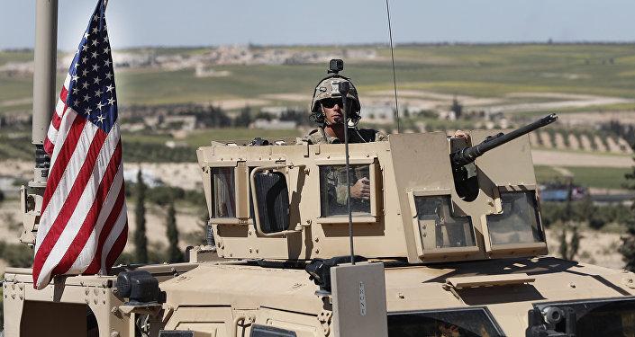 Militaire américain à la frontière syrienne