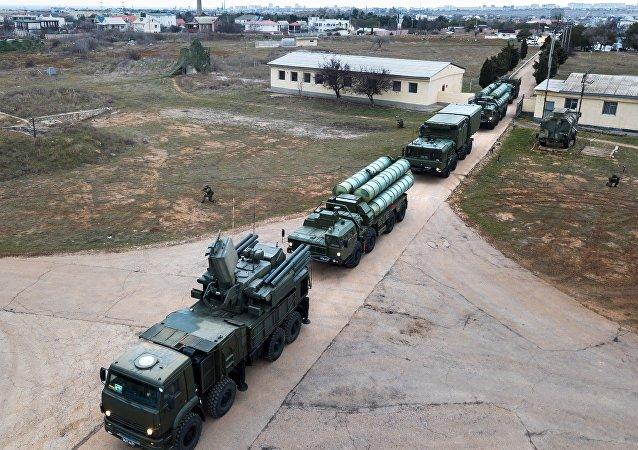 Systèmes russes S-400