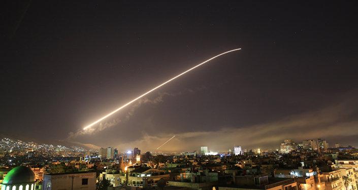 Damas dans la nuit du 13 au 14 avirl