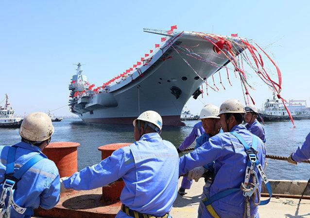 Premier porte-avions fabriqué en Chine