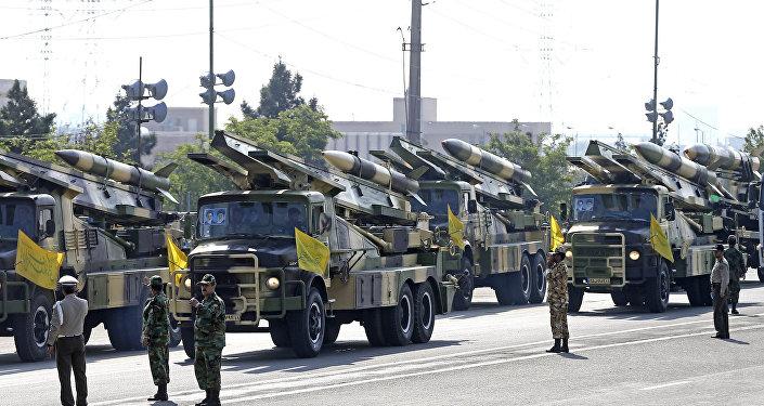 parade militaire à Téhéran