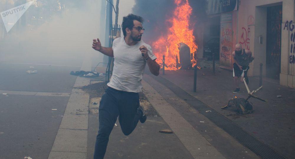image d`illustration (la manifestation du 1er mai à Paris)
