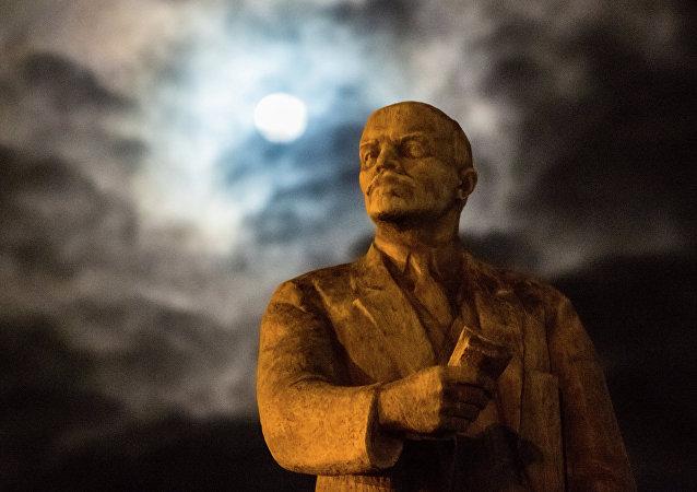 Le monument à Vladimir Lénine à Simferopol