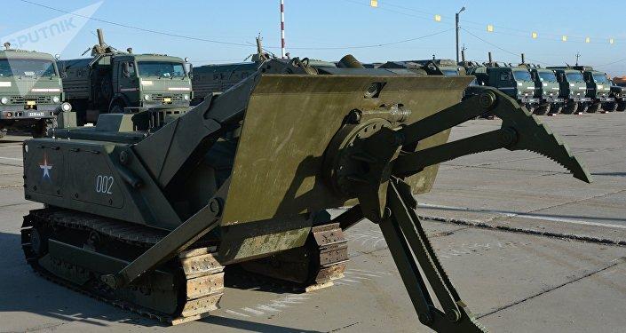 Le robot de déminage russe Uran-6