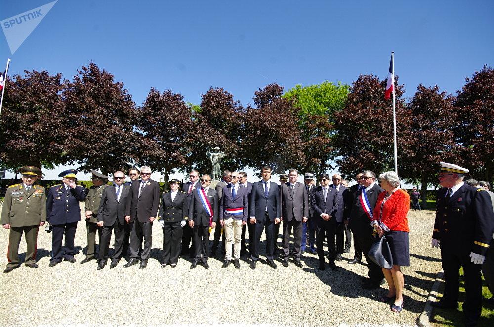 Noyer-Saint-Martin : Commémoration du 73e anniversaire de la Victoire au Cimetière soviétique