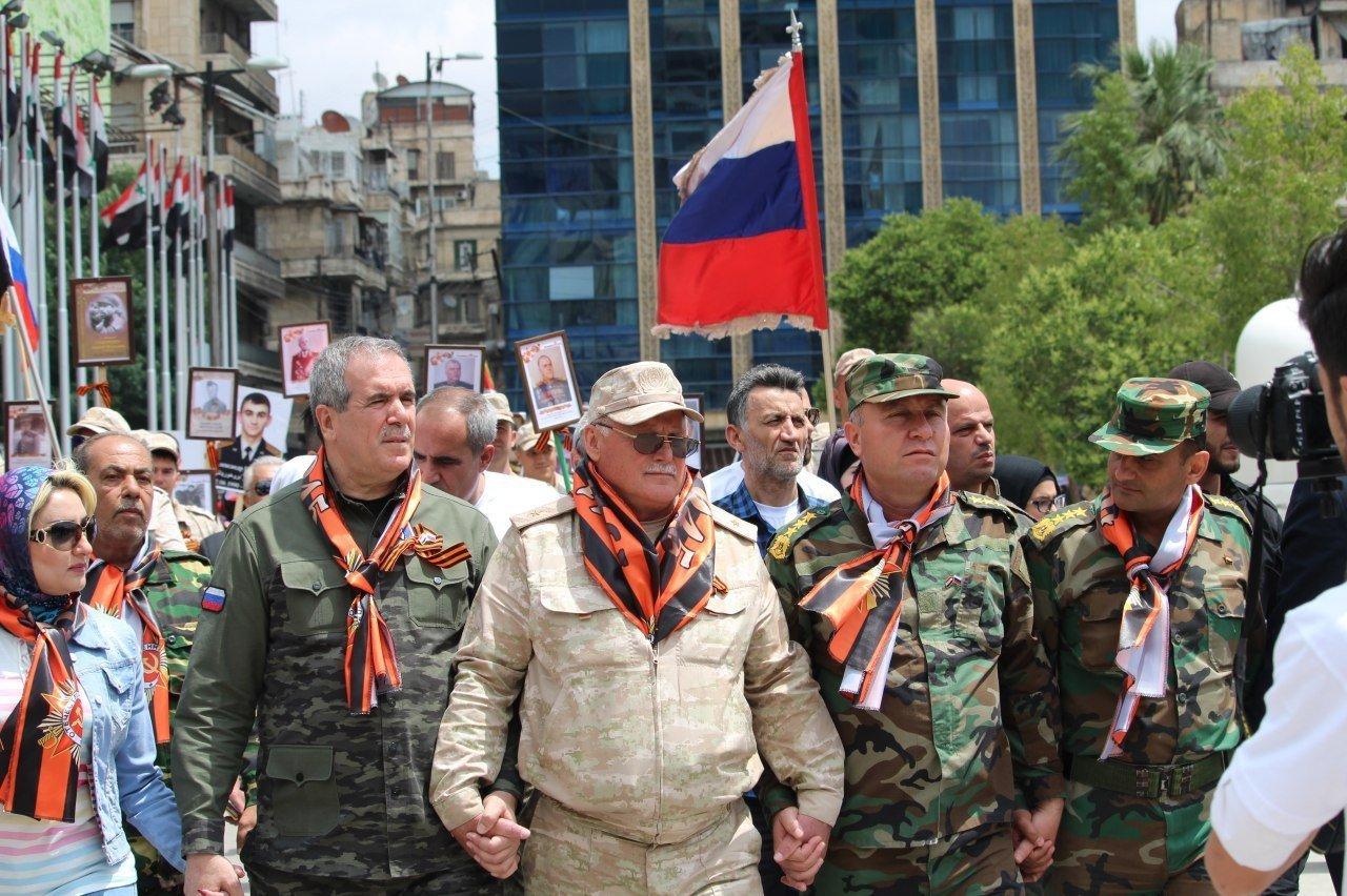 la marche du Régiment immortel en Syrie