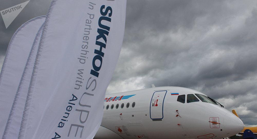 Un Sukhoi Superjet-100