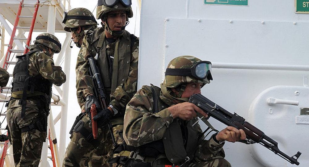 Des membres des forces spéciales algériennes