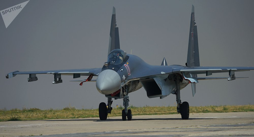 Chasseur polyvalent Su-35