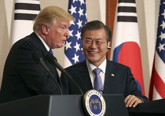Donald Trump et Moon Jae-in (archives)