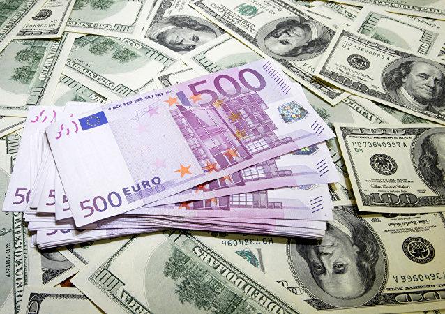 Euros et dollars