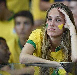 Un fan de l'équipe brésilienne du foot