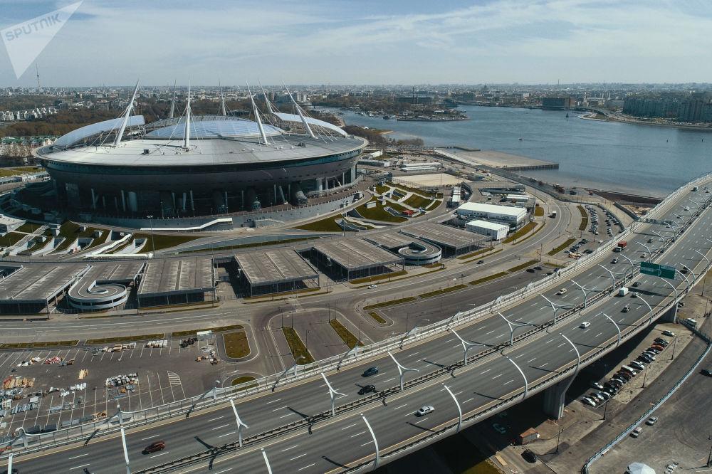 Sur la photo: le stade Saint-Pétersbourg qui accueillera les matchs de la Coupe du Monde de la FIFA 2018.