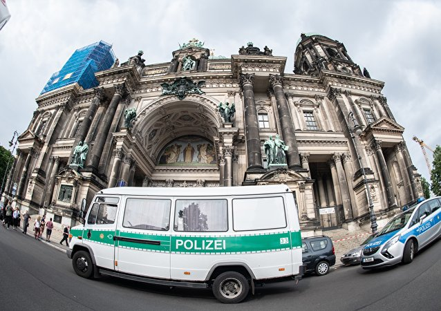 Un policier allemand tire sur un homme dans la cathédrale de Berlin