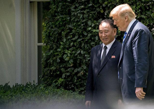 Donald Trump et Kim Yong-chol à la Maison-Blanche