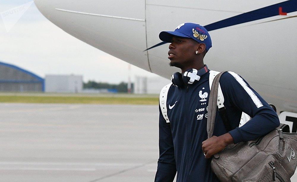 L'équipe de France arrive à Moscou