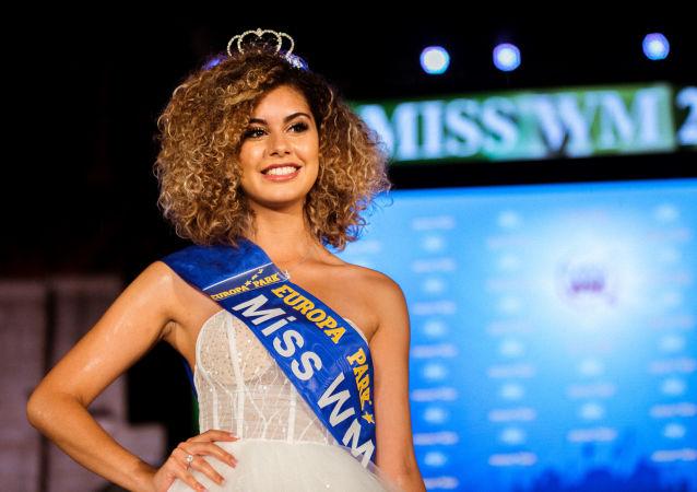 Zoé Brunet, 18 ans, a remporté le titre de Miss Mondial 2018.