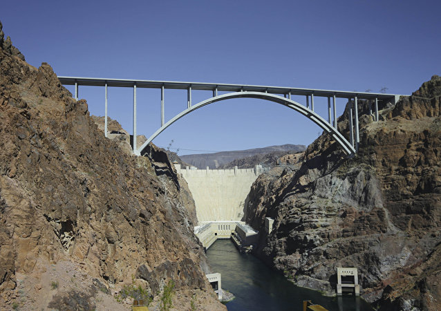Le pont près du barrage Hoover