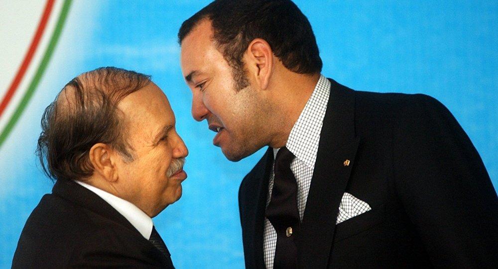 Le Président algérien Abdelaziz Bouteflika et le roi Mohammed VI du Maroc