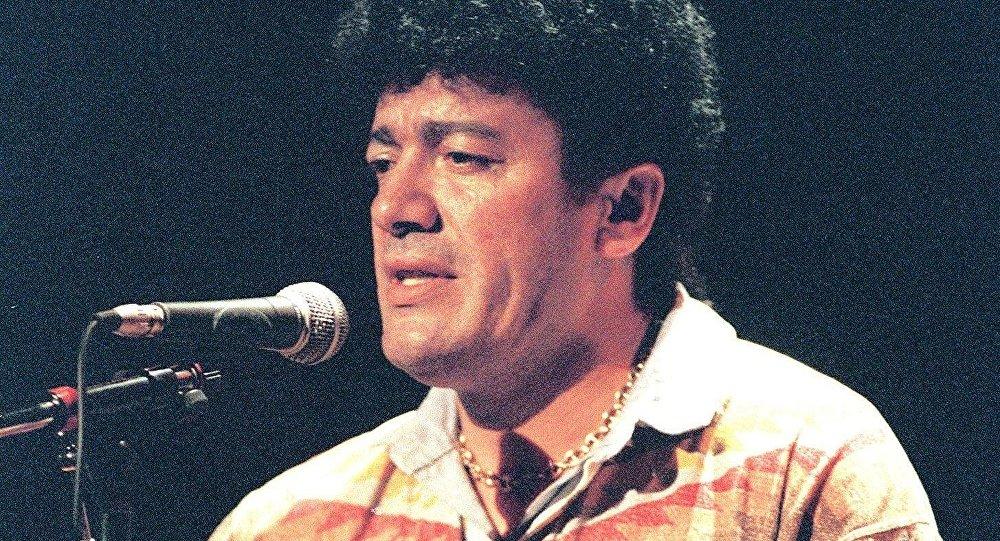le chanteur kabyle Lounès Matoub